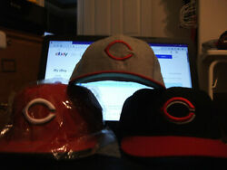 Lot Of 3 Cincinnati Reds Mlb Fitted Hats New Era And Roman Pro Used 7 1/4, 7 1/8