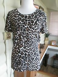 J CREW SIZE MED BROWN AND BLACK ANIMAL PRINT SHORT SLEEVE COTTON KNIT TOP