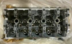 Nos 2007-2013 Ford Mustang Cylinder Head 7r3z6049d Ford 7r3z6049d