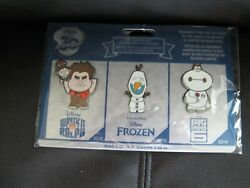 Disney Store 2 Sets Of 3 Pins 30th Anniversary 9 And 10 Nip