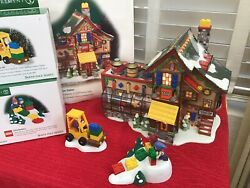 """Dept 56 """"north Pole """"lego Building Creation Station And Brick Lift And Lil Builders"""