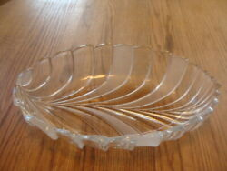 Mikasa Crystal Bolero Pattern Large Oval Serving Bowl Clear Frosted 16 1/2 X 11