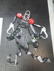 Miller Revolution Harness Size Universal L/xl And 6ft Twin Turbo Srl Lanyard