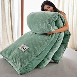 Warm Comforter Thick Quilt Winter Throws Blanket Sofa Blanket Plush With Zipper