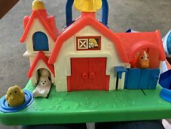 Fisher Price Little People 1005 Barnyard Animal Sounds Horse Dog Duck Cow Toy A
