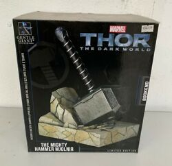 Thor The Dark World The Mighty Hammer Mjolnir Serre Livres Bookends Gentle Giant
