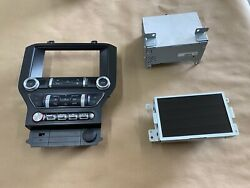 2020 Ford Mustang Gt Touch Screen Face Plate Radio Module - Shaker - Oem