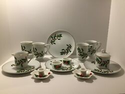 Set Of Holly Leaf By Japan Christmas Holiday Dishes Hollyberries Gold Trim