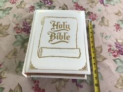 Vintage 1976 White And Gold Leather Bound King James Family Holy Bible
