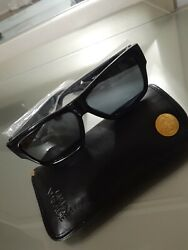 Brand New Vintage Gianni Versace Sunglasses With Original Case