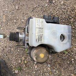 2001-2002 Toyota 4 Runner Abs Power Brake Pump Master Cylinder Booster Assembly