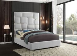 Contemporary Design Whitecolor Queen Size Bed Bedroom Furniture Chrome Metal Leg