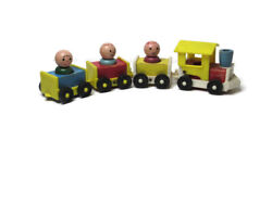 Vtg Old Wooden Fisher Price Little People Train 1960and039s Wood Plastic