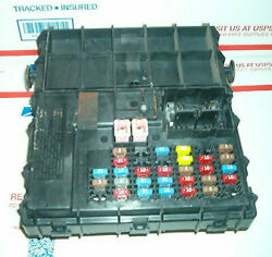 7l8t-14b476-ae Ford Escape Mariner Multifunction Fuse Junction Block Bcm 2007