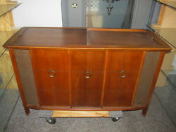 Mid Century Magnavox Console Tube Amp Am/fm Stereo Record Player Very Nice