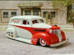 So Cal Speed Shop Style 1939 Chevrolet Panel Delivery 1/64 Scale Limited Edit M