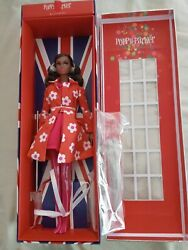 Fashion Royalty Reduced Poppy Parker-sunny Slickers Nrfb With Shipping Box