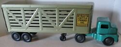 Vintage 1950's Structo Cattle Farms Truck And Trailer 21 Pressed Steel Toy Hauler