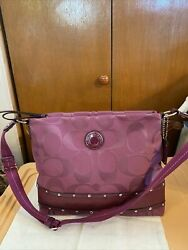 New Large Amethyst Coach Signature Crossbody purse Studded Patent Trim amp;Hang Tag $89.00