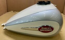 Harley Tank Fuel White Frost/ Si 61386-08cte Harley 61386-08cte