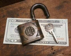 Antique Vintage Yale And Towne Brass Lock Padlock With Key