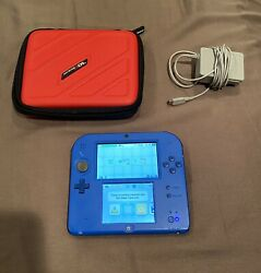 Nintendo 2ds Electric Blue W/ Charger Stylus 4gb Sd Card W/mario Kart 7 And More