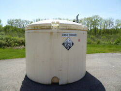 Used Cylindrical Tank - 1700 Gallon Poly Round Tank Ct2277-tanks-cylindrical