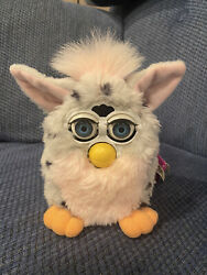 Furby 70-800 Electronic Interactive Toy