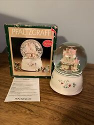 2000 Pfaltzgraff Winterberry Iand039ll Be Home For Christmas Musical Snow Globe