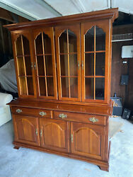 Solid Cherry Queen Anne Dining Room Set