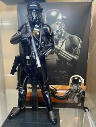 Hot Toys Star Wars The Mandalorian Death Trooper 1/6 Scale Figure Complete