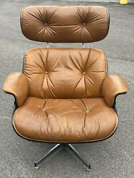 Mid Century Lounge Chair Eames Style Chair Selig Manuf Leather Walnut Chrome