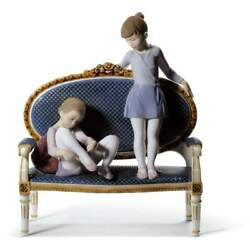 Lladro Ready For Practice Figurine 01008570