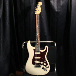 Fender Stratocaster 6 Strings Dot Inlays White Electric Guitar With Hard Case