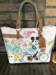 Nwt Disney 2020 Epcot Flower And Garden Festival Dooney And Bourke Minnie Tote Bag