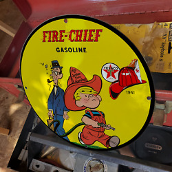 Vintage 1951 Texaco Fire Chief Gasoline Fuel Porcelain Gas And Oil Pump Sign