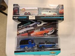Maisto Design Tow And Go 1987 Chevy 1500 Truck And Car Trailer Lot Of 2