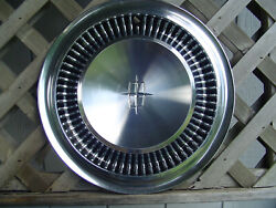 One Vintage 1964 1965 Lincoln Continental Premier Town Car Hubcap Wheel Cover