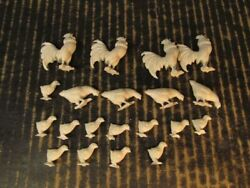 Farm Animals Lot Of 20 White 3 Poses Marx Playset Chickens Roosters Hens Chicks