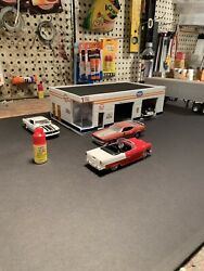 132,or 143 Scale Gulf Gas Station Diorama Hand Made  Cbcustomtoys
