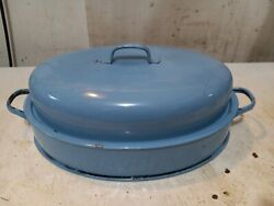 Vntg Enamelware Roaster With Lid And Rack, Savory Light Blue Enamel Approx 14 X 9