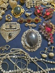 69pc Mixed Lot Vtg Costume Jewelry Rhinestone Rings Earring Necklaces Brooches