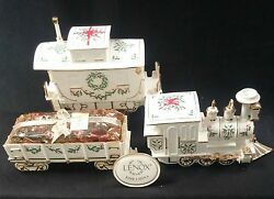 Lenox Holiday Christmas Junction Engine, Caboose And Wagon Centerpiece