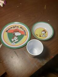 Snoopy Beagle Scout Peanuts Plastic Plate Glass And Bowl Set