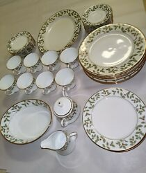 45 Piece Noritake Holly Berry And Gold Fine China New, Ready For New Home Exl Cond