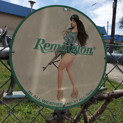 Vintage 1952 Remington Arms And Ammunition Company Porcelain Gas And Oil Sign