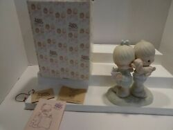 Precious Moments Figurine Puppy Love Is From Above 106798 W/box New