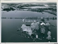 1973 Farm Houses Surrounded By Flood Waters Near Sedgwick Ks Disaster Photo 8x10