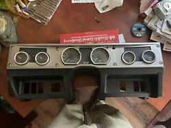 2004 Hummer H1 Instrument Panel With Gauge Clusters