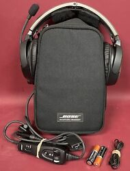 Bose A-20 Aviation Headset 6 Pin Plug /w Carrying Case Non-bluetooth